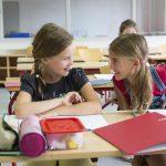 Дружба одноклассников – 10 причин сохранить дружбу с одноклассниками на всю жизнь